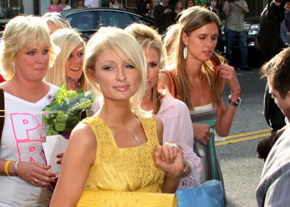 paris hilton mothers day shopping spree winner