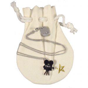 pamela-anderson-jewelry