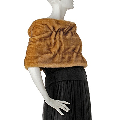 suzanne-sommers-faux-fur-shrug